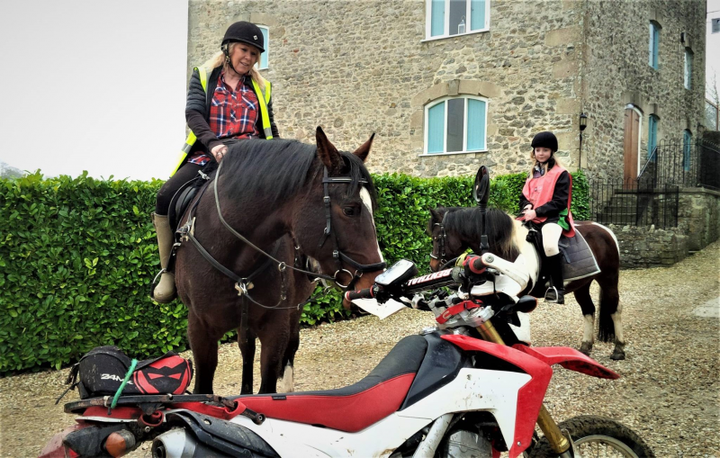 Chatting with horse riders